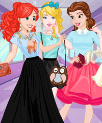 Disney Princess BFFs Secrets Dress Up Game