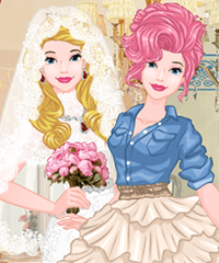 Princess Wedding Classic vs Unusual Dress Up Game