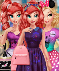 Princess BFFs in Paris Dress Up Game