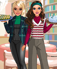 Foodie Friends Dress Up Game