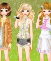 Paris Girls Dress Up Game